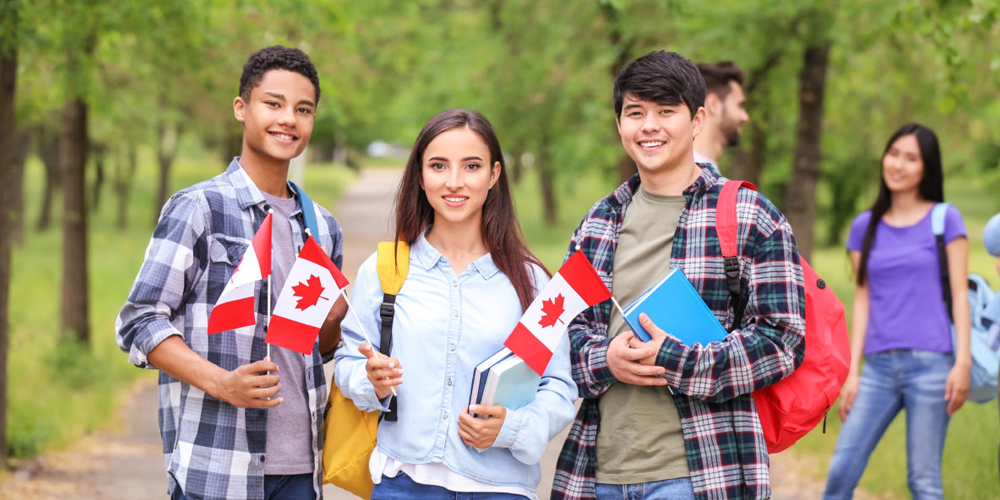 why are so many students coming to study in canada